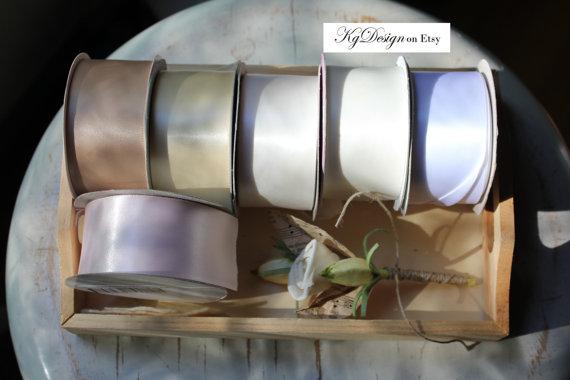 زفاف - Sash in nuetral tones, oatmeal, creme, white, bridal white and ice pink by KgDesign