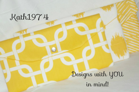 Свадьба - Bridesmaid Clutches/Set of 3/SALE/ Envelope Clutch/Premier Prints-Corn Yellow & White/Bridesmaid Gift