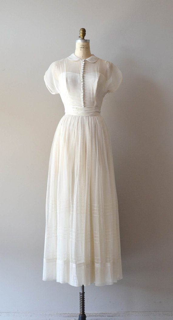 Mariage - 1940s Wedding Dress / Vintage 40s Dress / Tender Heart Gown