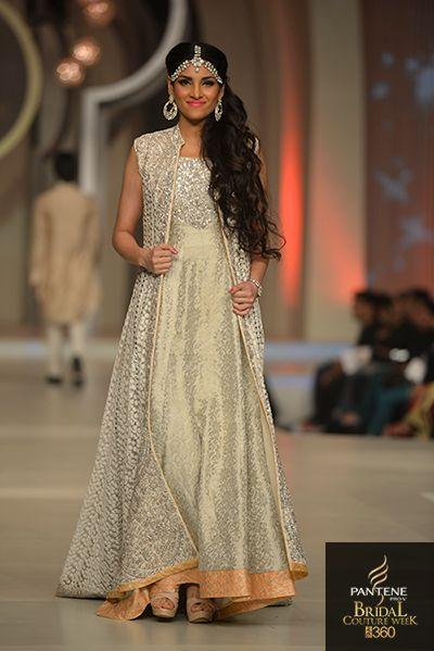 730b3faf08 Pakistan Bridal Couture Week 2013 - Zainab Chottani - Indian Wedding Site  Home - Indian Wedding Site - Indian Wedding Vendors, Clothes, Invitations,  ...