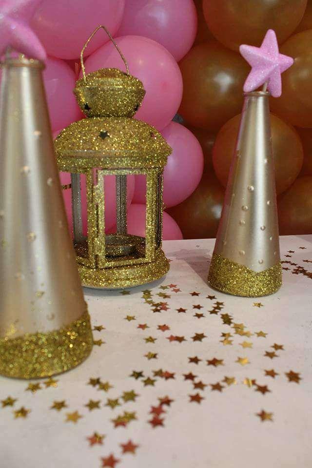 Twinkle Twinkle Little Star Birthday Party Ideas 2393873 Weddbook