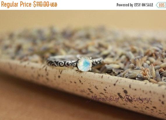 زفاف - ON SALE Moonstone Engagement Ring With Smoke Swirl Band in Sterling Silver - Engagement Ring, Promise Ring, June Birthstone Ring