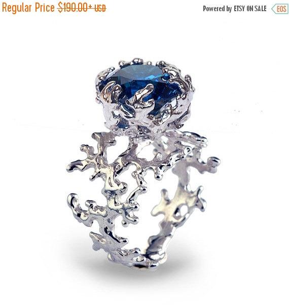 زفاف - 20% off SALE - CORAL Blue Sapphire Engagement Ring, Statement Ring, Sterling Silver Blue Sapphire Ring, Silver Gemstone Ring, Large Sapphire