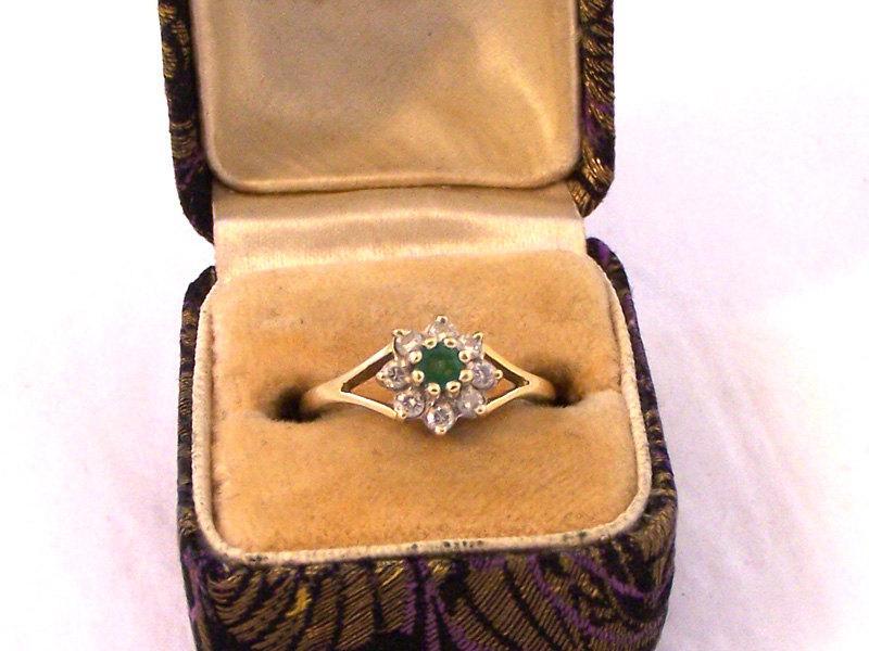 Mariage - Vintage18ct Gold Emerald Diamond Cluster Ring, Emerald Diamond Ring,18ct Ring, Engagement Ring, Size 6, Size L, .25 Carat Diamond Ring