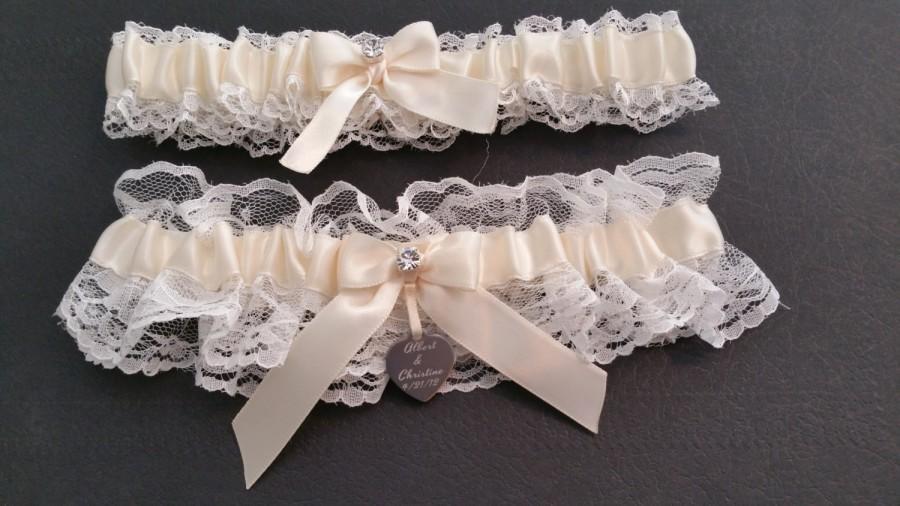 9afd5e007fd White Lace Garter Set