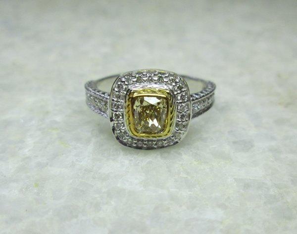 Mariage - Champagne Diamond Ring, 14K Solid Gold Sparkling Diamond Wedding Ring