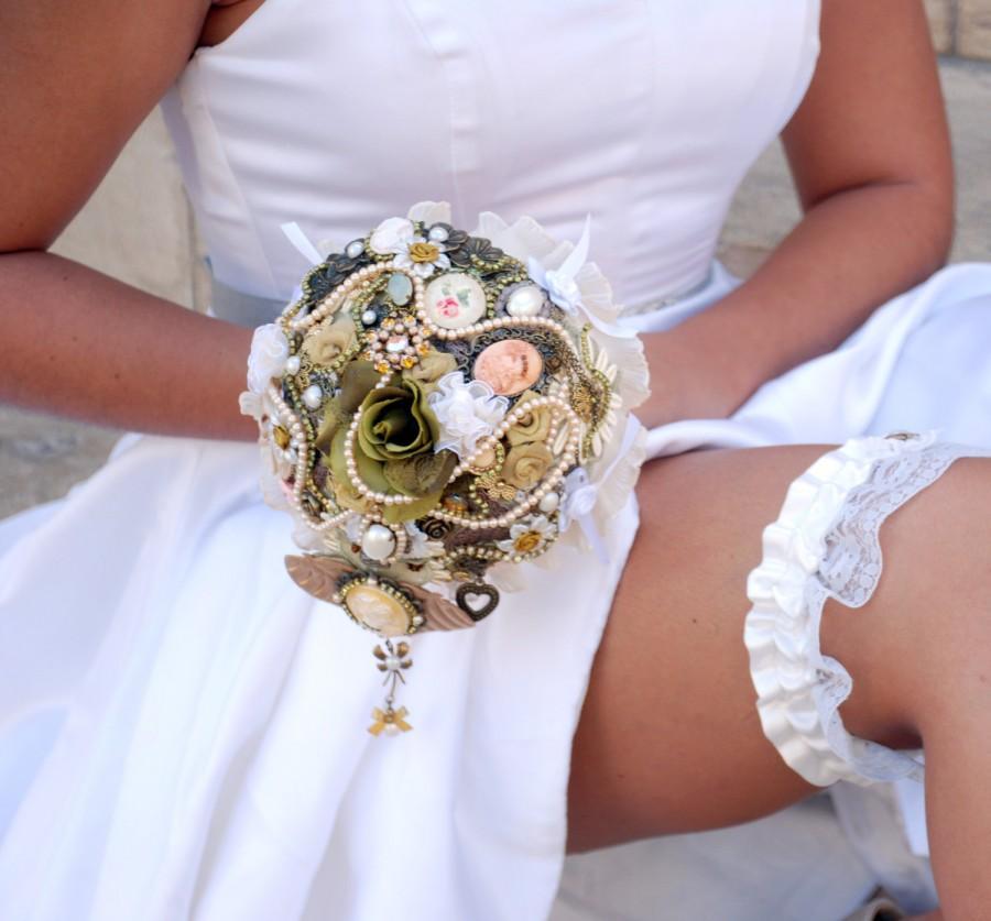Bridal Brooch Bouquet , Alternative Wedding Bouquet ...