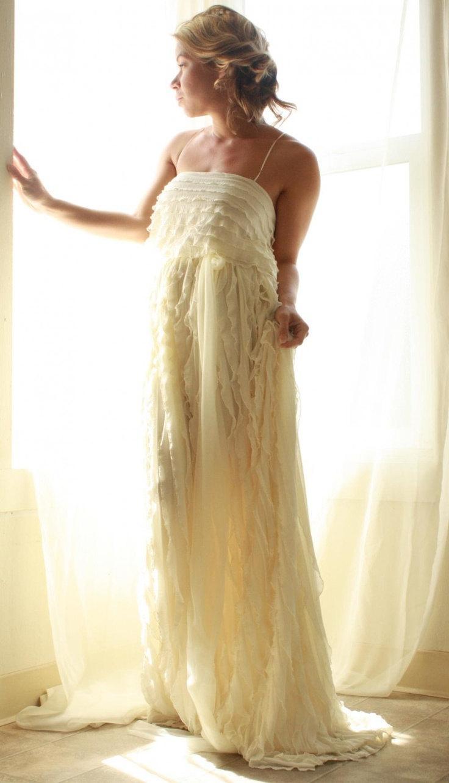 Wedding dress handmade ruffled romantic bohemian princess for Unique bohemian wedding dresses