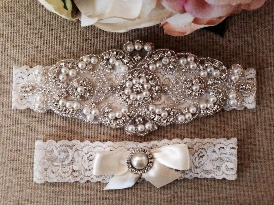Hochzeit - Wedding Garter - Bridal Garter - Pearl and Crystal Rhinestone Garter and Toss Garter Set