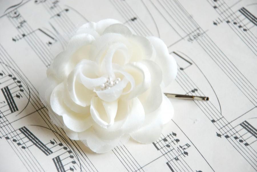 Hochzeit - Ivory Wedding Hair Flower / Pearl Hair Piece in Ivory or White / White Wedding Hair Piece