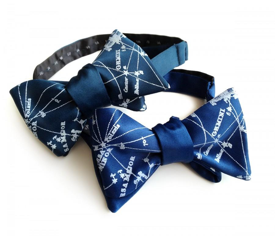 Hochzeit - Galaxy bow tie. Milky Way star chart tie. Constellation freestyle bowtie. Ice print. Peacock blue, french blue & more. Adjustable.