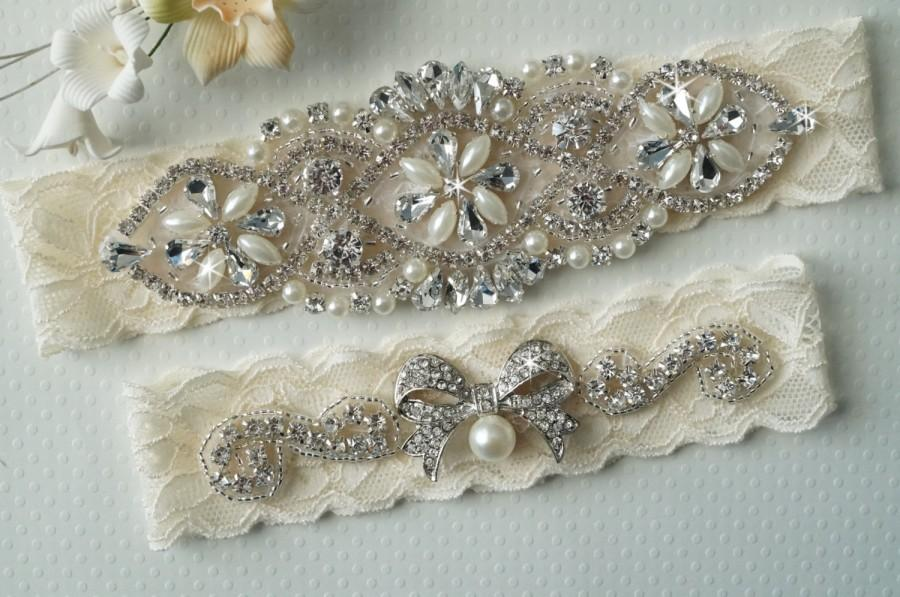 Свадьба - MIA Style B - Bridal Garter, Wedding Garter Set, Stretch Lace Garter, Rhinestone Crystal Bridal Garter