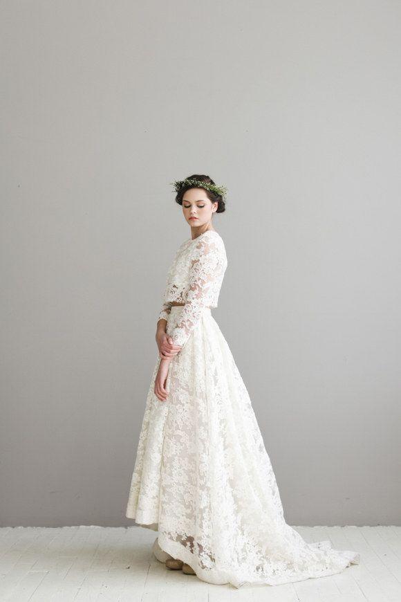 9e75dce81d1e86 21 Completely Stunning Crop Top Wedding Gowns  2396535 - Weddbook