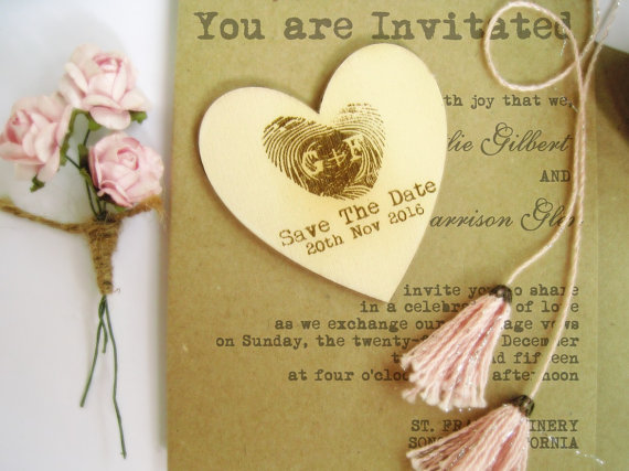 Wedding - Personalized 6cm Engraved Save The Date Thumb Print Wooden Hearts Gift Tags Wedding Decoration Bridal Shower Pack of 30 / 50 / 80 / 100
