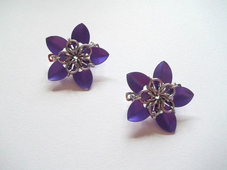 Свадьба - Purple Flower Barrette Clips Scale Maille