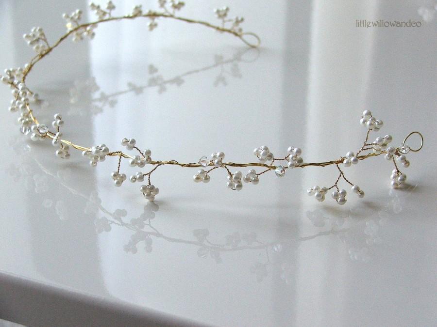 Свадьба - Gypsophelia Hair Vine. Bridal Halo, Wedding Headdress, Pearl Hair Vine, Wedding Halo, Gold Halo.