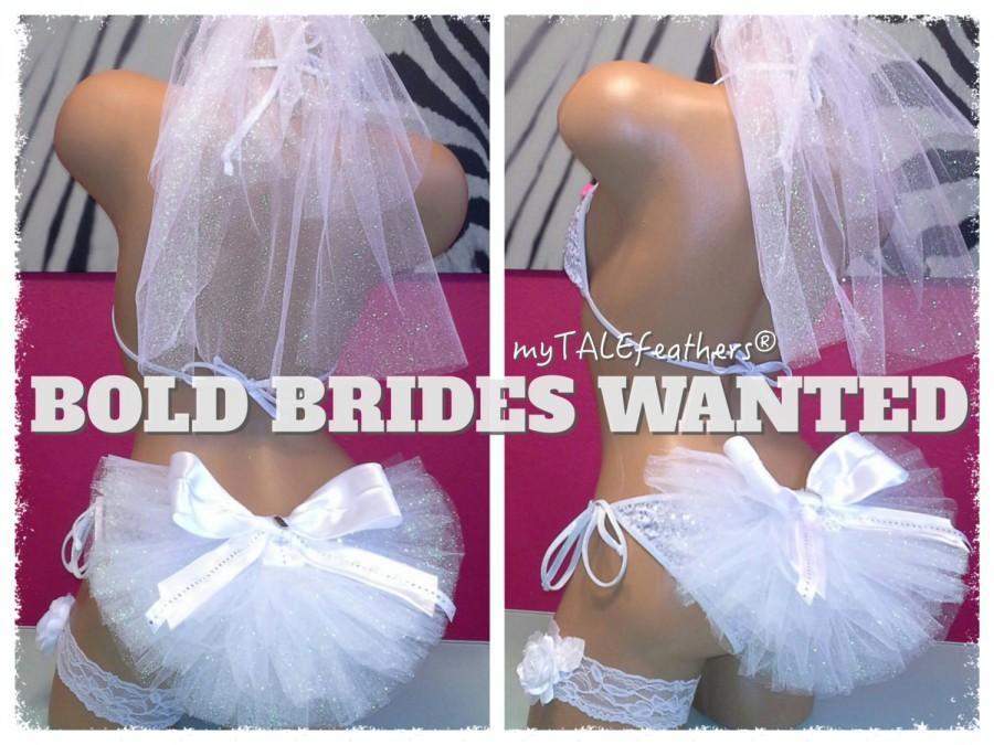 "Wedding - Bride Bling Bikini Veil with ""I Do"" Charm & Satin Bow by myTALEfeathers® - Booty Veil - Bride Bling - Bachelorette Party - Cruise -Honeymoon"