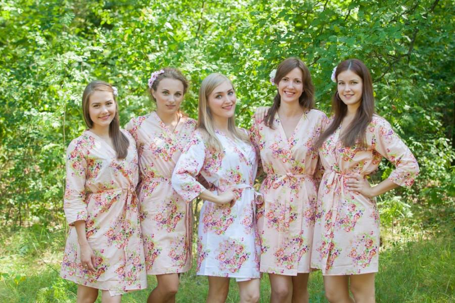 Свадьба - Blush Bridesmaids Robe Sets Kimono Crossover Robe. Bridesmaids gifts. Getting ready robes. Bridal Party Robes. Floral Robes