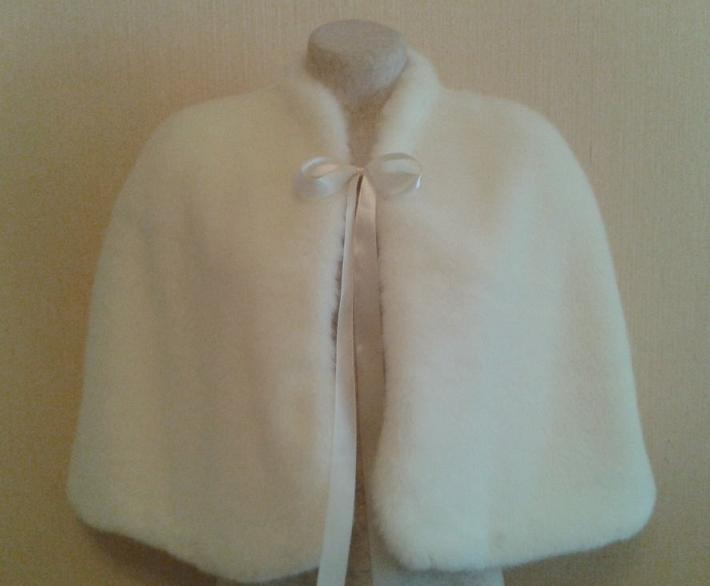 Mariage - Winter Wedding Faux Fur Capelet Bride's Cape  white or Ivory faux fur