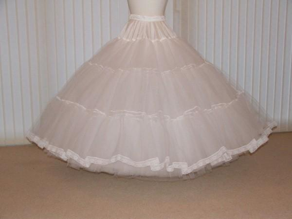 Mariage - Fairytale 7 layer stiff net Bridal petticoat custom made with choice of colour