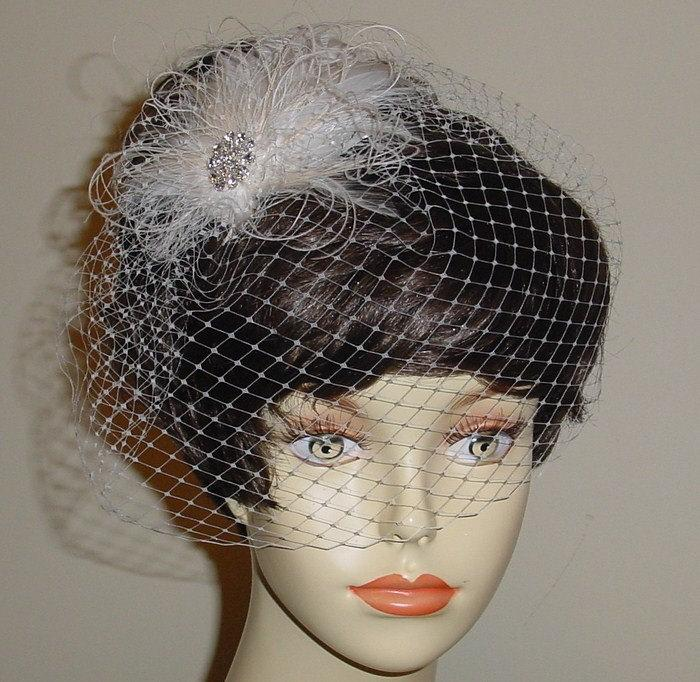Mariage - Ivory Birdcage Veil with Ivory and Vanilla Ostrich Feather Fascinator Made to Order