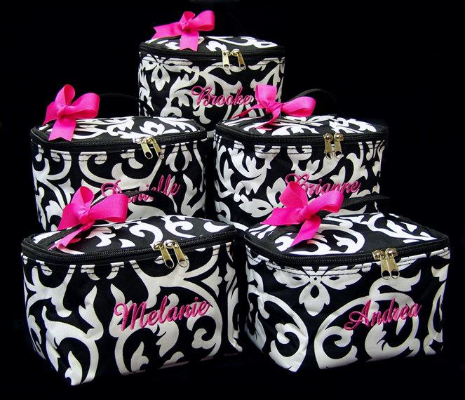 Свадьба - 6 Personalized Cosmetic Case Bridesmaid Gifts Damask