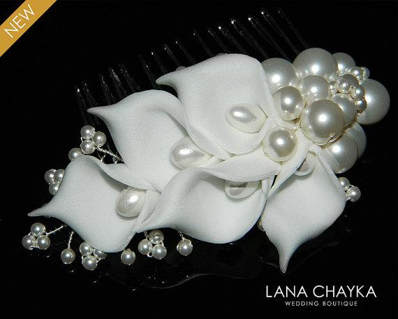 Hochzeit - White Pearl Bridal Hair Comb Swarovski Pearl Floral Comb Wedding Floral Pearl Comb Bridal Headpiece Bridal Hair Accessories