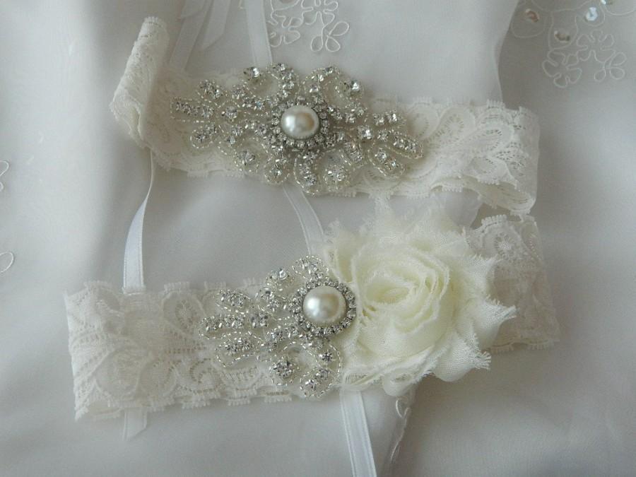 Свадьба - BEST SELLER Wedding Garter Set, Bridal Garter, Ivory Lace Garter, Stretch Lace Garter Set, Ivory Garter Set, Shabby Chiffon Garter Set