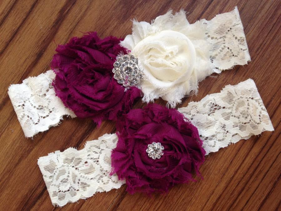 Свадьба - SALE Wedding Garter Set, Bridal Garter Set - Custom Garter, Lace Garter, Pearl Rhinestone Garter, Customized, Ivory Lace, Bridal Shower Gift