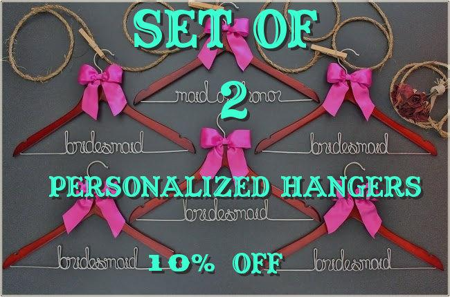 Hochzeit - Set of 2 personalized hangers - perfect for bridal party
