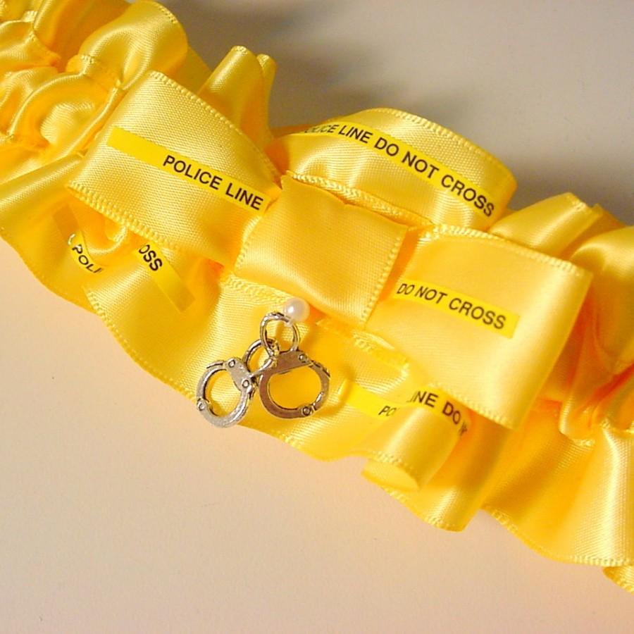 Hochzeit - Wedding garter  POLICE LINE do not CROSS  Keepsake garter