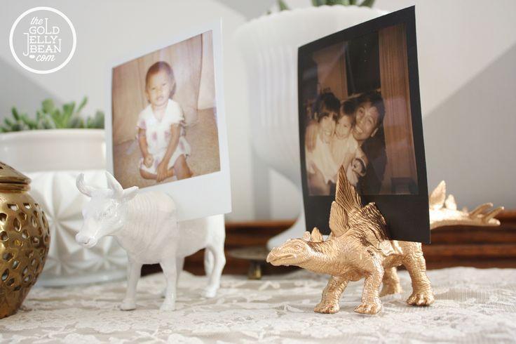 Hochzeit - 20 Genius & Funky Plastic Animal DIY Projects