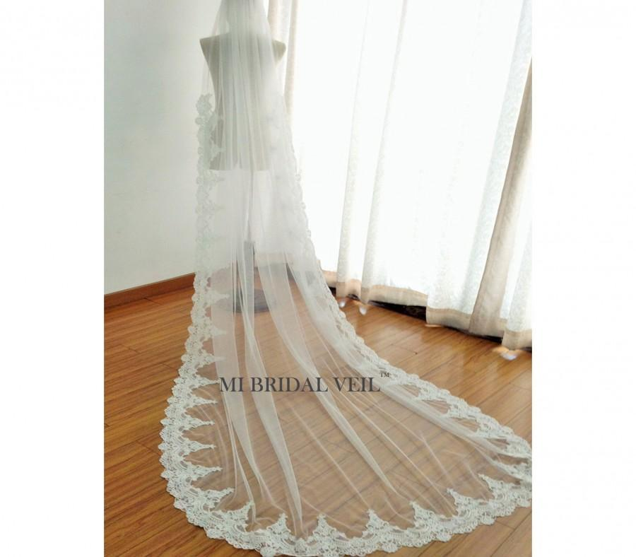 Mariage - Custom Bridal Veil, Luxury Wide Alencon Lace Bridal Veil, Lace starts from Elbow, Single Tier Lace Veil in Chapel and Cathedral Length