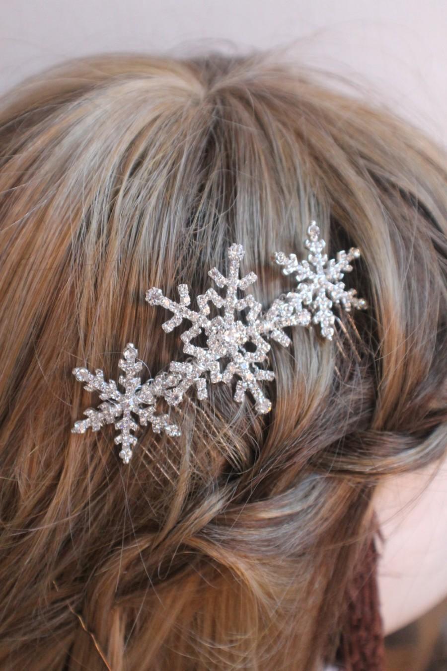 Свадьба - Winter snowflake hair comb -Wedding hair comb -  Bridal hair accessories - party headpiece.