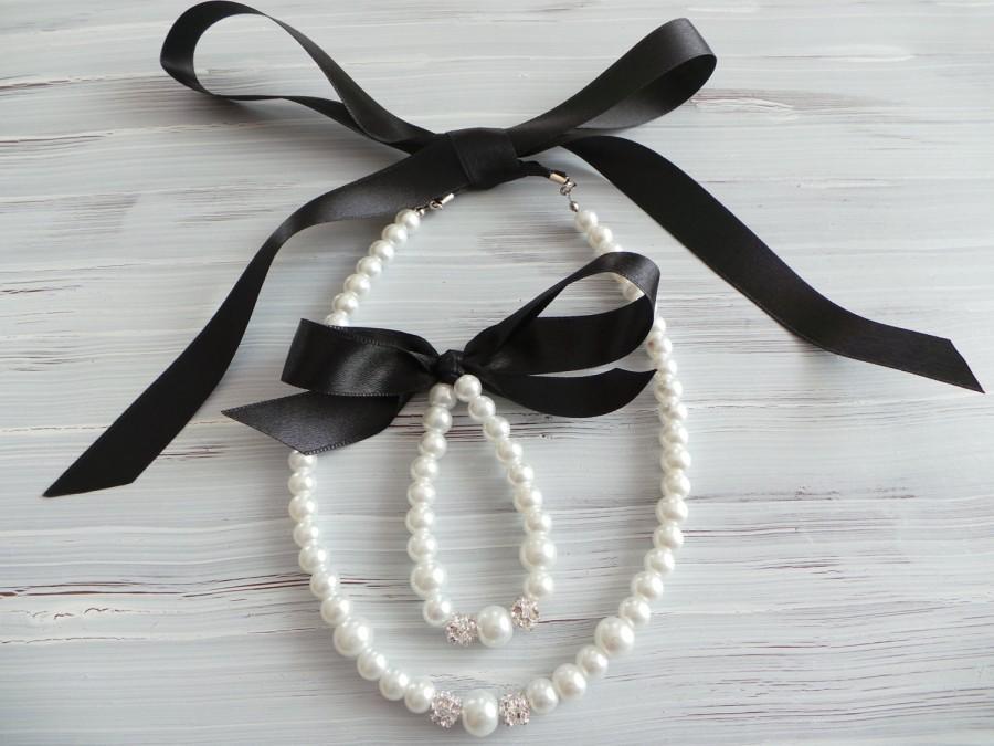 Hochzeit - Black Flower girl jewelry set pearl necklace bracelet set, satin ribbon wedding gift junior bridesmaid pearl bracelet wedding party