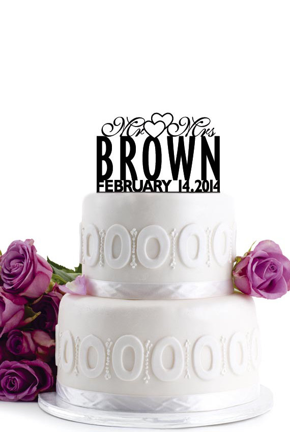 Свадьба - ON SALE !!! Wedding Cake Topper - Personalized Cake Topper - Mr and Mrs - Monogram Cake Topper - Cake Decor - For Anniversary