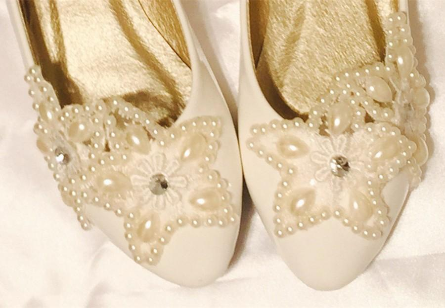 Свадьба - Ivory White Lace Wedding Flats,Bridal Ballet Shoes,Lace Flats Shoes,Women Wedding Shoes,Comfortable Bridal flats