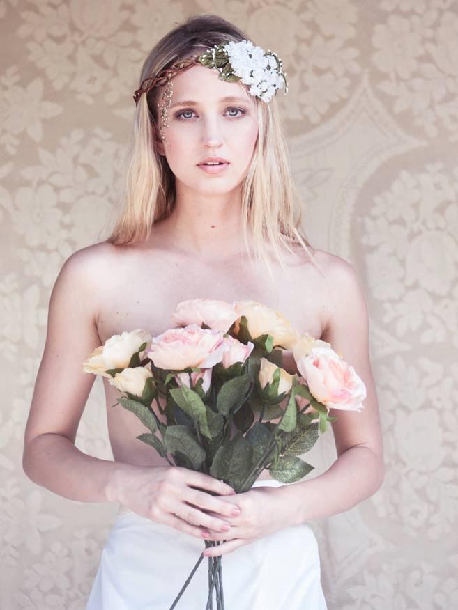 Свадьба - white bridal flower crown, wedding hair accessories, wedding flower wreath silk flower headband