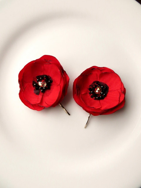 Set Of 2 Small Silk Poppy Red Flower Hair Clips 2 Fabric Poppies