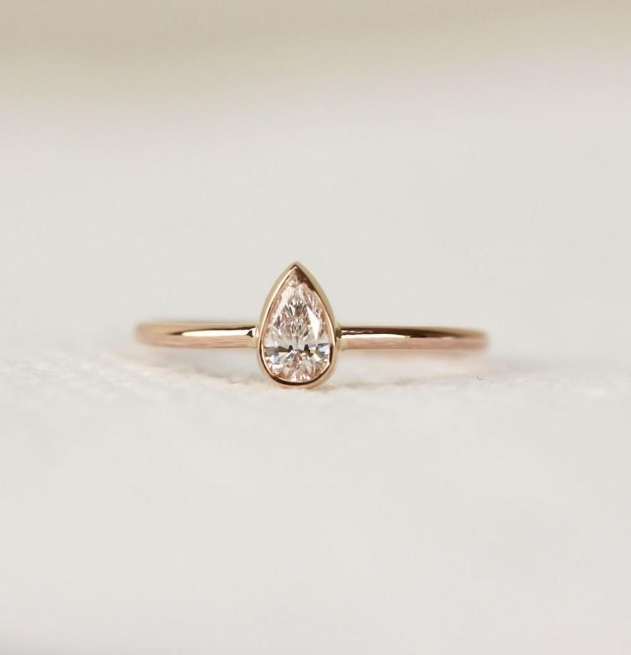 14k Solid Gold Pear Shape Diamond Engagement Ring In Bezel Set Simple And Elegant Wedding