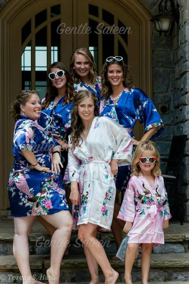 Свадьба - Set of 9 Bridesmaid Satin Robes, Kimono Robe, Fast Shipping from New York, Regular and Plus Size Robe