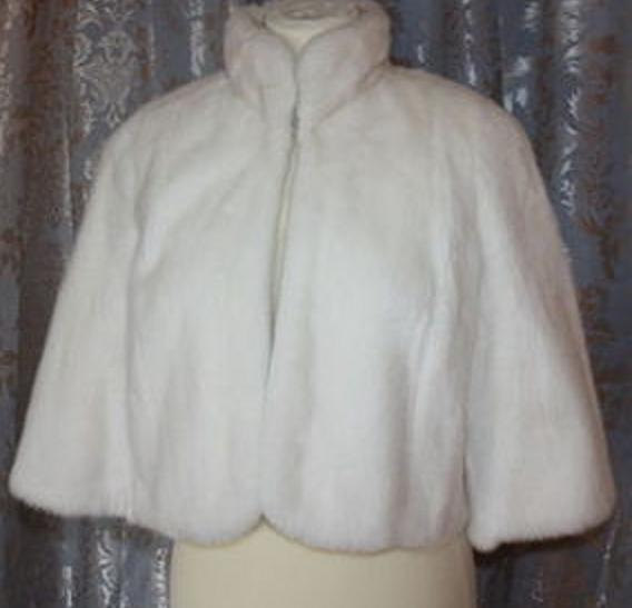 Mariage - Faux Fur Capelet Bride's Cape Winter Wedding Coat Available in Winter white or Ivory faux fur