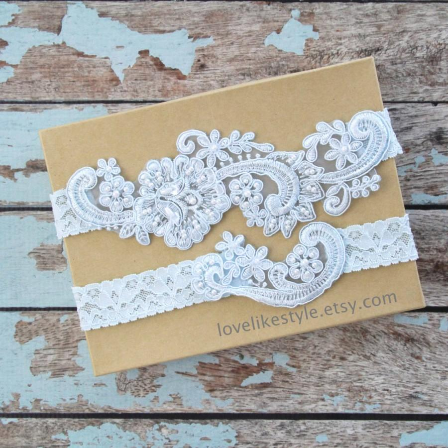 Crochet Lace Wedding Garter Pattern: Light Blue Pearl Beaded Lace Wedding Garter Set , Light