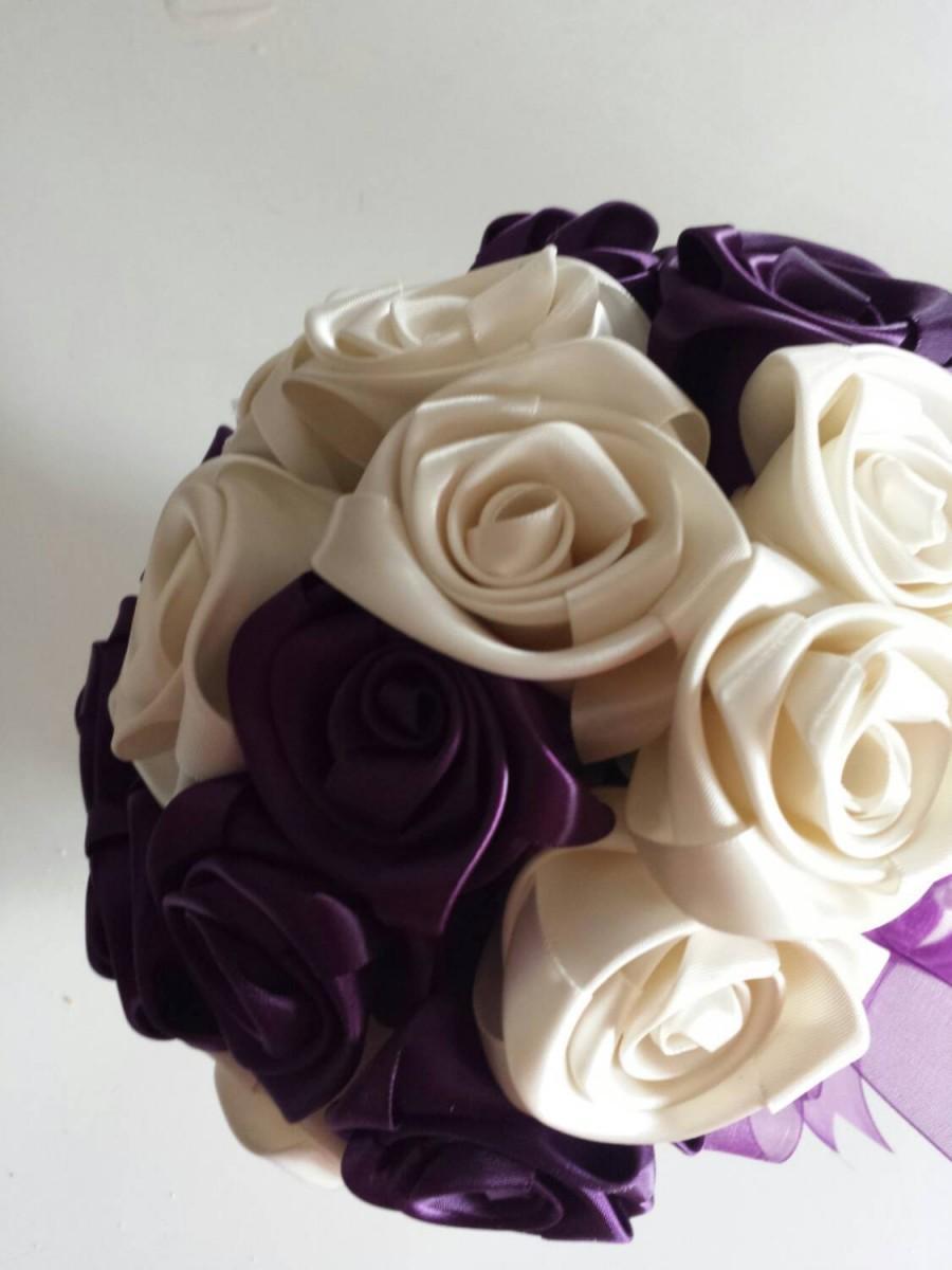 Свадьба - Ivory/ deep plum Keepsake Wedding bouquet for your bridesmaid.