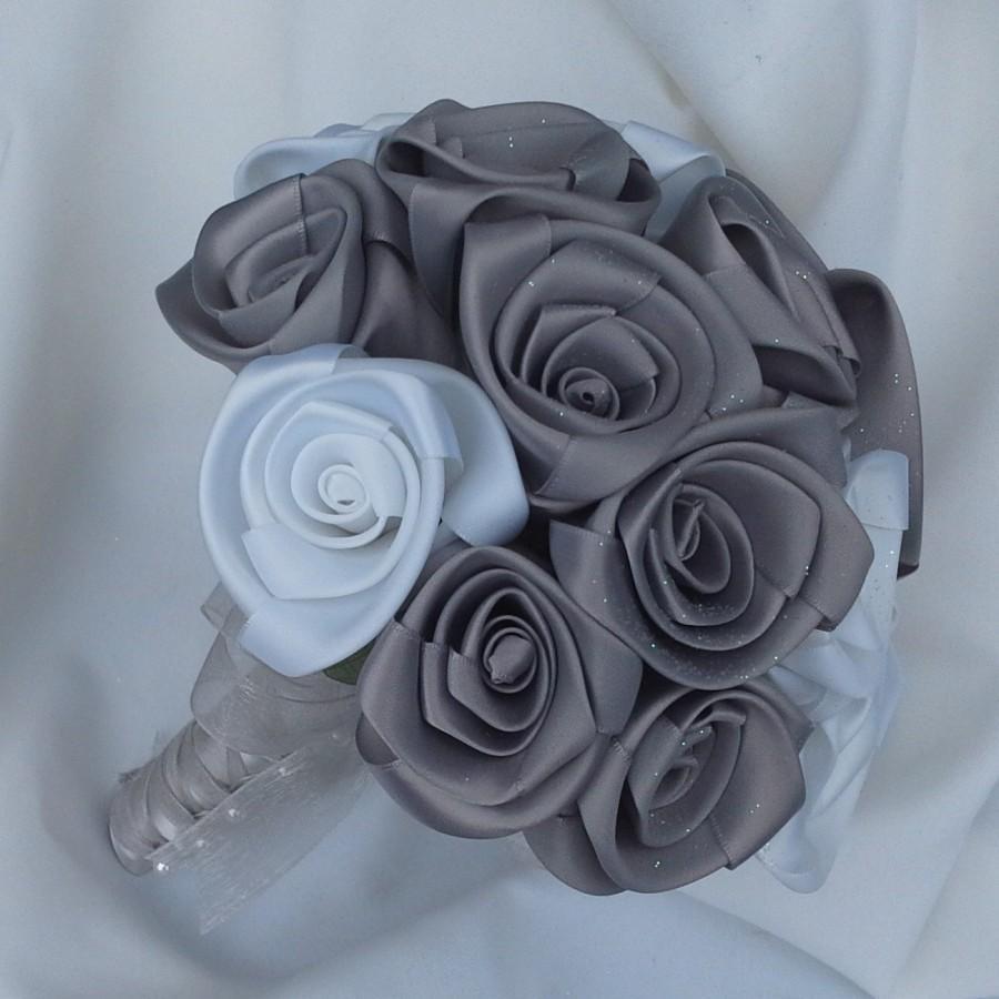 Свадьба - Satin, fabric wedding bouquet in beautiful satin roses