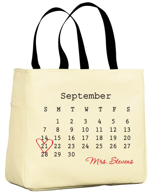 Свадьба - Wedding tote bag, wedding planner, countdown, wedding tote, Wedding Survival kit, established date, save the date, by VitalBridalKeepsakes