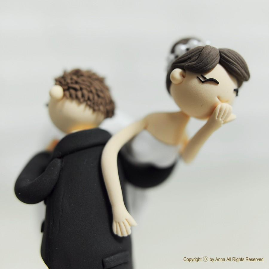 Свадьба - Custom Wedding Cake Topper -Lifting the Bride Over the Shoulder-