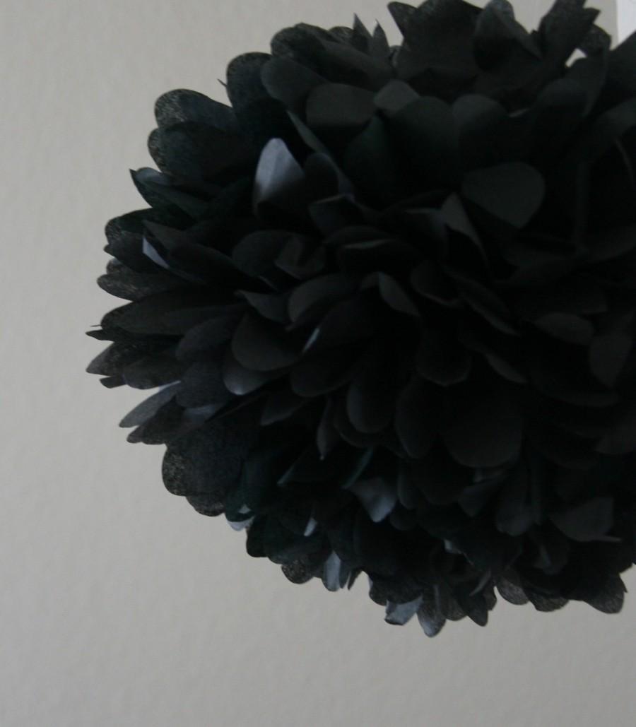 Hochzeit - Black .. Tissue Paper Pom / Wedding Decor / Bridal Shower / Birthday / Anniversary / Party Decoration