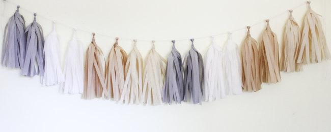 Hochzeit - Tissue Tassel Garland Kit - Natural