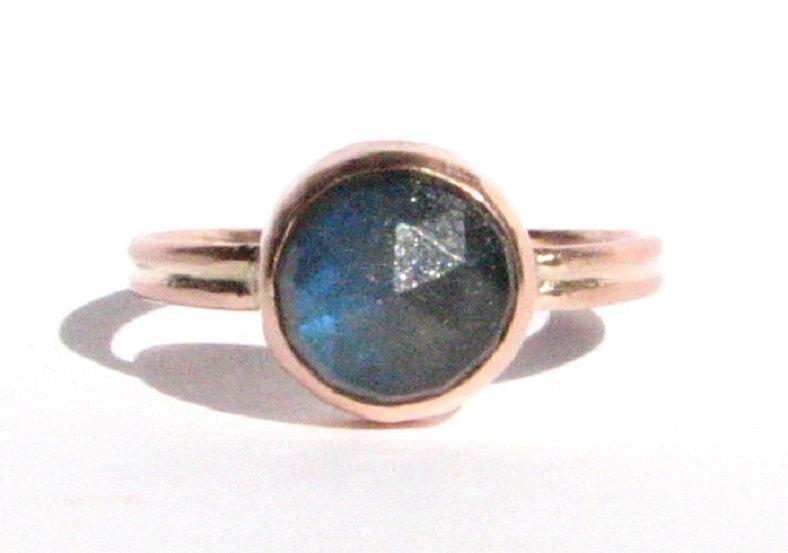 Mariage - Labradorite & Solid Rose Gold Ring - Rose Cut Labradorite Ring - Stacking Ring - Gemstone Ring - Engagement Ring - MADE TO ORDER.